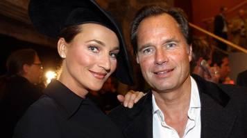Caroline Beil: Schauspielerin trauert um Ex-Mann Hendrik te Neues (†67)