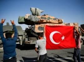 Angriff auf Syrien: Bundesregierung schränkt Waffenexporte in die Türkei ein