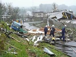 Überflutungen und erster Toter: Taifun Hagibis stürmt Japan ins Chaos