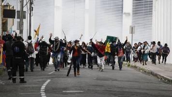 Demos gegen Spritpreiserhöhung: Ecuadords Staatschef ruft nach neuen Protesten zu Dialog auf