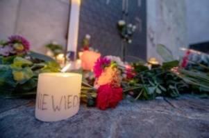 Dobrindt für Beobachtung: Harte Kritik an der AfD nach Anschlag von Halle