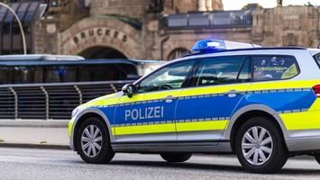 Angriff in Hamburg: Mann sticht Passanten mit Messer ins Gesäß
