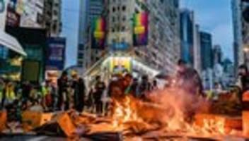hongkong: der lange, dunkle weg