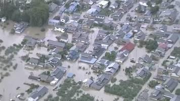 Video: Viele Tote bei Taifun in Japan