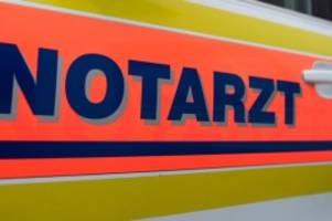 Unfälle: Seniorin mit Rollator von Auto angefahren: schwer verletzt