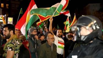 kurden bangen um familien: nordsyrien-konflikt erreicht deutschland