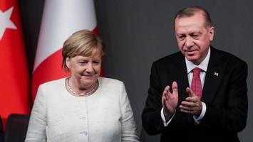 telefonat mit erdogan – angela merkel fordert umgehende beendigung der syrien-offensive