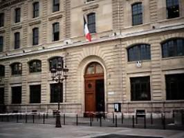 Beamte in Präsidium erstochen: Festnahmen nach Polizei-Attacke in Paris