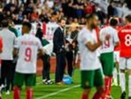 england-spiel wegen rassistischer vorfälle zweimal unterbrochen