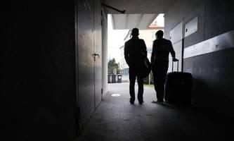 initiative gegen agentur für asylwesen