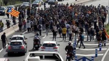 Barcelona: Urteil treibt Katalanen auf die Straße