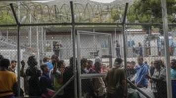 Feuer und Krawalle im Flüchtlingslager auf Samos