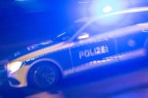 michendorf: sek-einsatz an a10: polizisten schießen auf bewaffneten mann