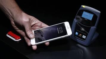 bezahlen mit smartphone: apple pay: diese deutschen banken sind (nicht) dabei