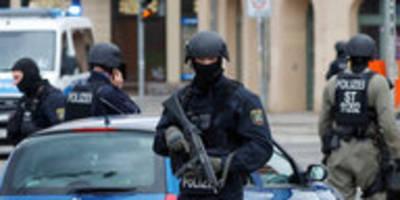 Anschlag auf Synagoge in Halle: Terrorist fuhr an Polizei vorbei