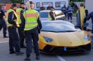 Hamburg: Soko zieht jeden Tag zwei Autoposer aus dem Verkehr