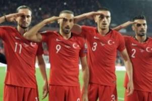 Türkischer Militärgruß: Tosun-Nachahmern drohen Sanktionen in Hamburg