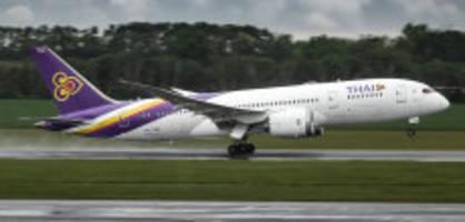 thailand und zurück: anwalt verrechnet klient 8700 franken fürs fliegen