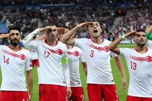 Türkischer Minister weist Kritik am Salut der Spieler zurück
