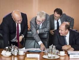 flugtickets werden teurer: kabinett beschließt konkrete klimaziele