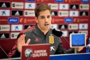 em-qualifikation: spaniens trainer moreno mit großer geste