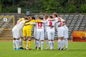 fussball: salut-jubel: berliner fußball-verband sucht dialog mit klubs