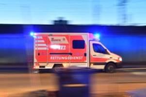 unfälle: zwei schwerverletzte bei unfall im nebel nahe greifswald