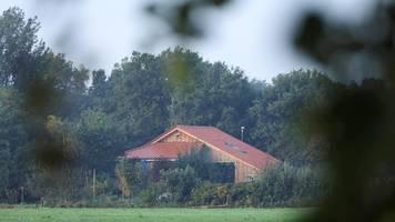 Was wir über den Fall der isolierten Familie auf dem niederländischen Bauernhof wissen