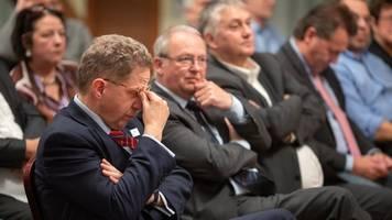 ex-verfassungsschutzpräsident maaßen greift rot-rot-grün an