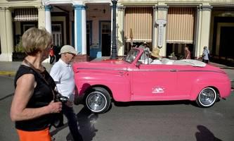 kuba lässt us-dollar als zahlungsmittel in geschäften zu