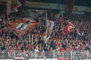 Fußball: Union Berlin räumt Probleme mit Schwarzmarkt-Tickets ein