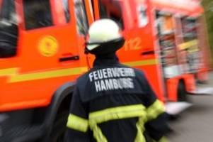 Feuerwehreinsatz: Weißes Pulver entdeckt – Firmengebäude evakuiert