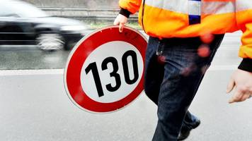 Grüne machen Druck: Bundestag soll über Tempolimit auf Autobahnen abstimmen
