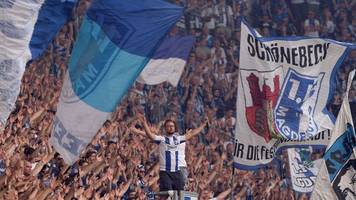 Hüpffreigabe für Magdeburger Fans auf der Nordtribüne