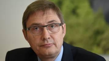 Verfassungsschutz bittet um Mithilfe im Kampf gegen Rechts