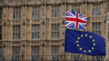 liveblog: +++ brexit-einigung trifft auf widerstand +++