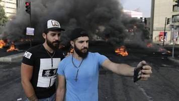 Wirtschafts- und Finanzkrise: Tausende protestieren im Libanon
