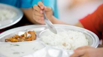 Florida: Mann bezahlt Mittagessen für 400 arme Schüler – und viele ziehen nach
