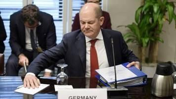 Scholz tritt Sorgen um Zutand der deutschen Wirtschaft entgegen