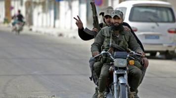 Aktivisten: Türkische Luftangriffe trotz Waffenruhe in Nordsyrien