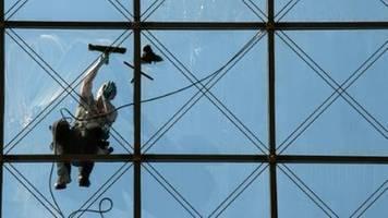 Gewerkschaft IG BAU: Tarifstreit in der Gebäudereinigung beigelegt