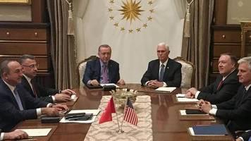 Konflikt in Nordsyrien: Diplomatie mit der Brechstange: Was bedeutet die Feuerpause für die USA und Türkei?