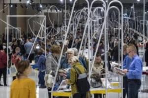 verleger, buchhändler un co.: letzter fachbesuchertag auf der frankfurter buchmesse