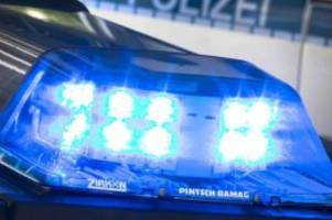 Kriminalität: 19-Jähriger greift Mutter und Stiefvater mit Messer an