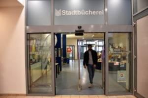 Pinneberg: Mitarbeiterin veruntreut Einnahmen in Stadtbücherei