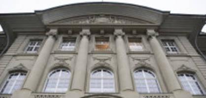 Nicht verwertbare Zeugenaussagen : Freispruch trotz Beweisen - Kanton muss zahlen
