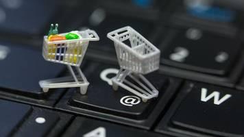 Bewertungs-Mafia : So erkennen Kunden im Internet falsche Bewertungen