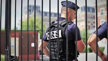 festnahme in frankreich: terror-verdächtiger wollte flugzeug entführen