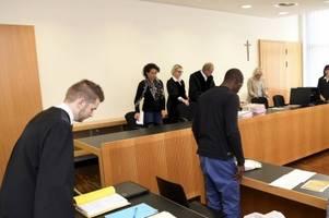 flüchtling gesteht brutale Überfälle auf sechs frauen in augsburg