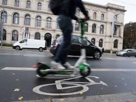 anbieter weisen kritik zurück: e-scooter auch im winter auf berlins straßen